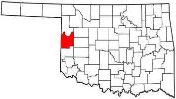 Roger Mills County: Mitt Romney: 1,402 votes&#x3B; 83.8 percent. Barack Obama: 272 votes&#x3B; 16.2 percent.