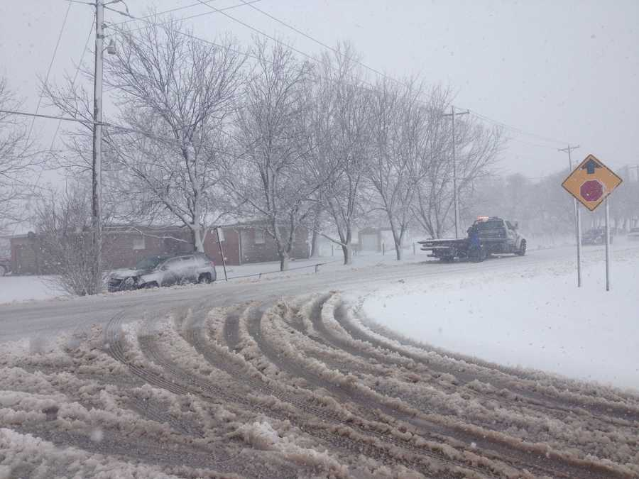 KOCO's Naveen Dhaliwal spent much of her day in Geary, where the snow came down and caused problems on area roads.
