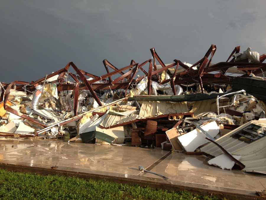 Building destroyed in Carney