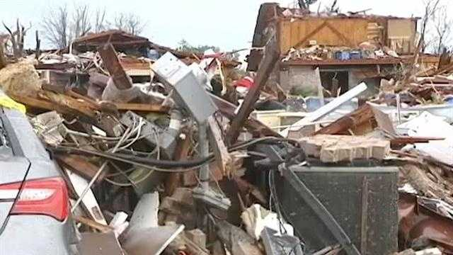 img-Three men arrested for looting in Moore