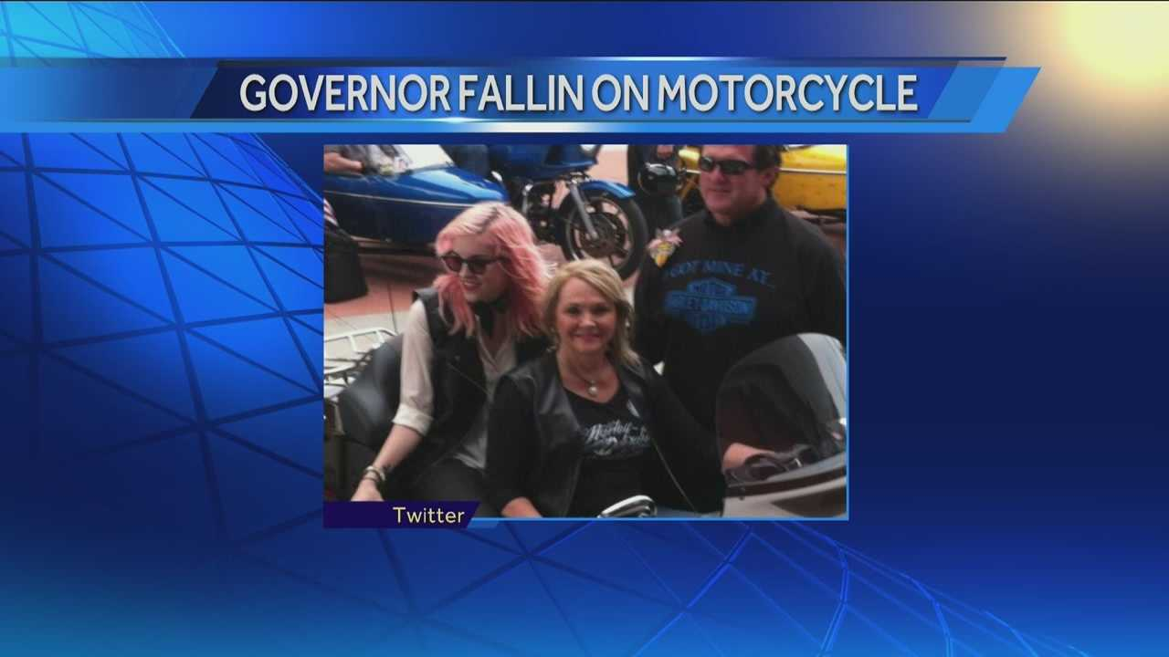 Oklahoma Governor Mary Fallin learned a new skill before her trip to the National Governor's Association Conference this weekend. Governor Scott Walker invited her to take a ride on a motorcycle while in Wisconsin. She posted a photo on Twitter Friday night.