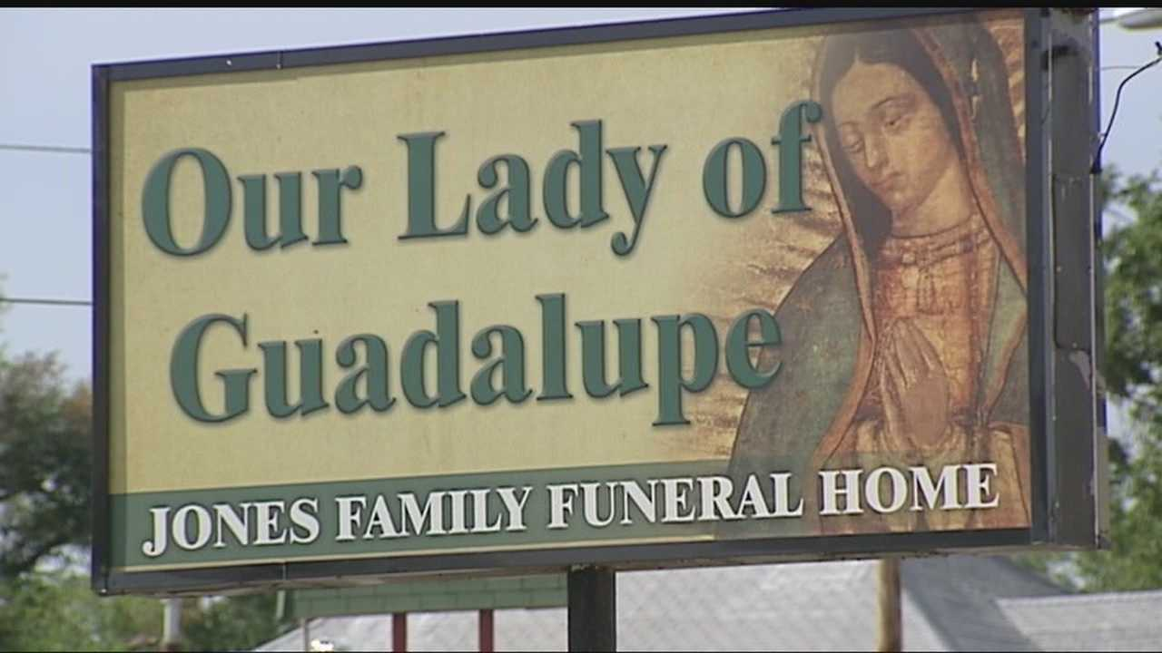 img-State investigates local funeral home 10P H