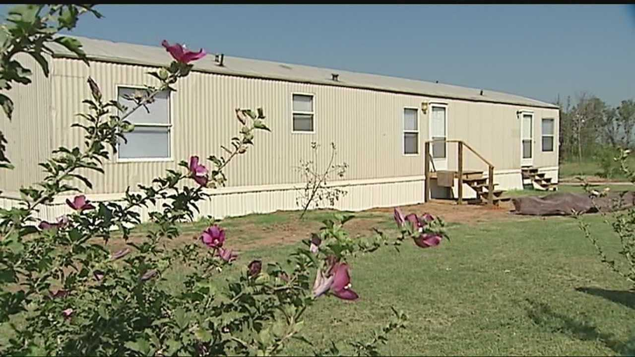 img-Volunteer group donates new homes to victims of May tornadoes 6P H