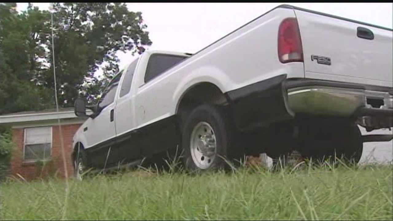 img-Family Fair stolen at truck has sentimental value 5P H