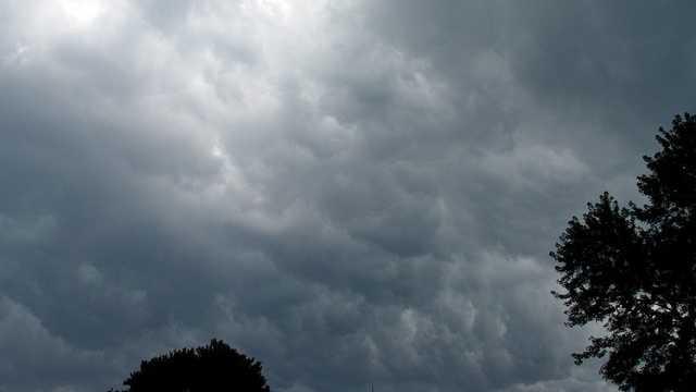 Gully washer: an extraordinary amount of rain.