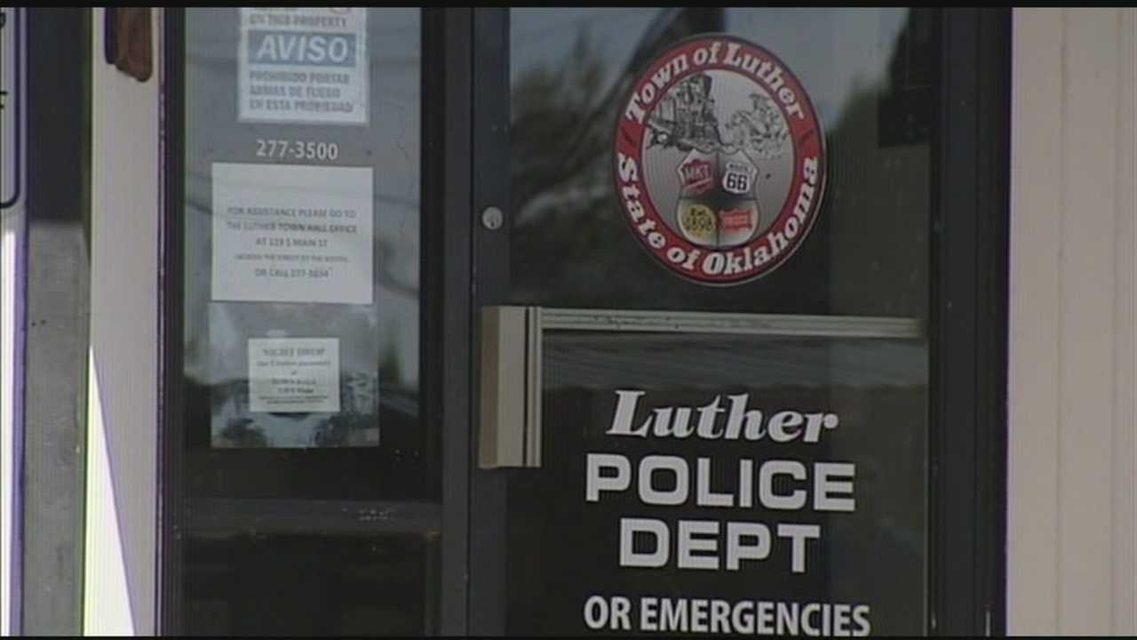 img-Luther town leader resigns after controversy over racial comments 6P H
