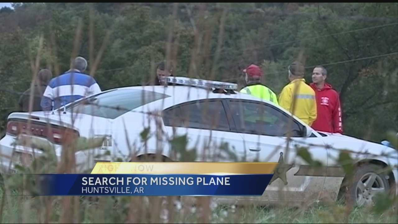 Investigators are searching an area of Northwest Arkansas where they say they lost radio contact with a plane that was due to land in Oklahoma at 3 p.m. Monday.