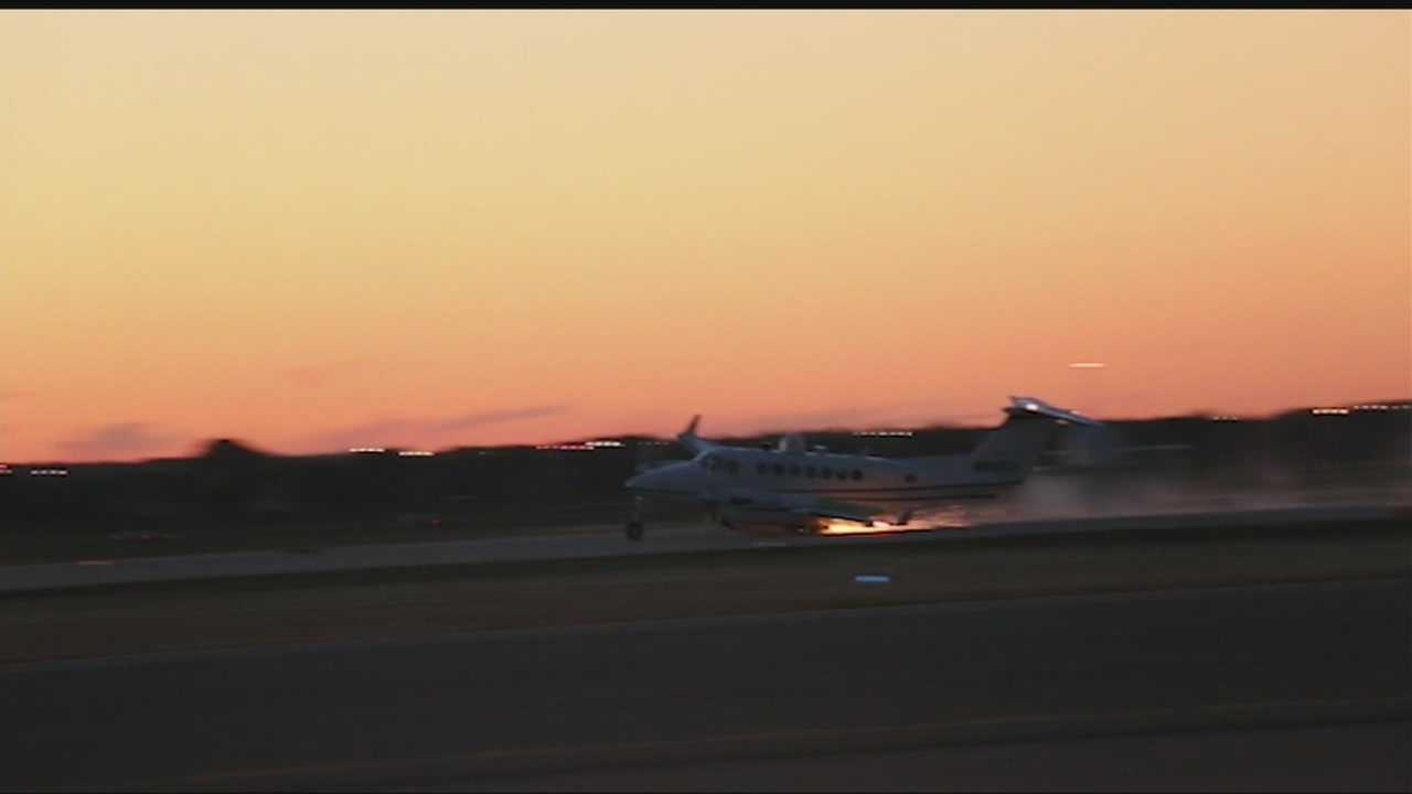 img-Crash landing caught on camera at Wiley Post