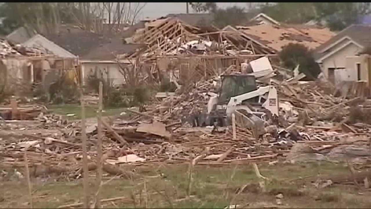 img-Metro man poses as tornado victim to get money