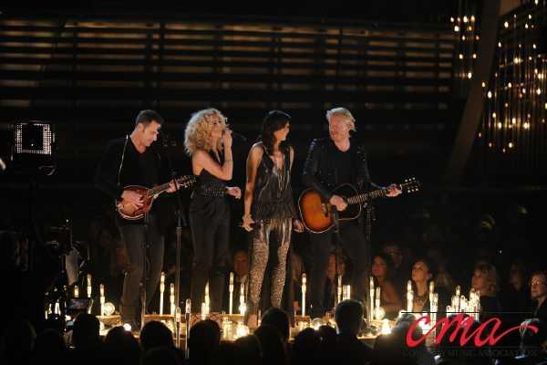 Little Big Town performs at the 47th Annual CMA Awards on ABC.