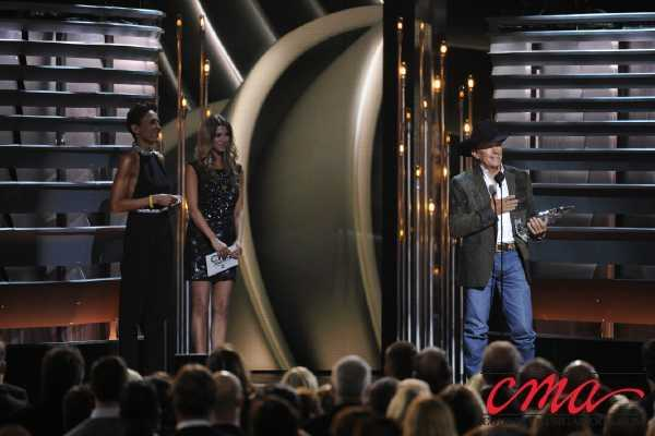 George Strait accepts the award for Entertainer of the Year on the 47th Annual CMA Awards on ABC.