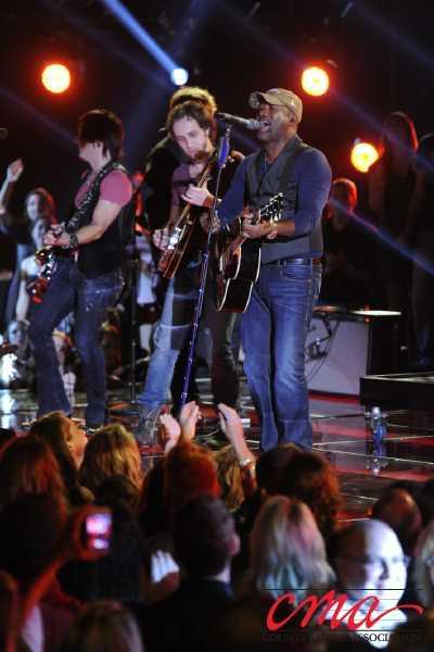 Darius Rucker performs during the 47th Annual CMA Awards on ABC.