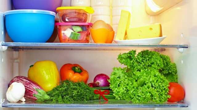 Refrigerator shelves, food