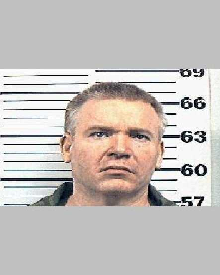 NAME: LEWIS, RODNEYRACE: WSEX: MaleDOB: 10-SEP-1951HEIGHT: 5 FT. 8 IN.WEIGHT: 200 LBS.HAIR: BlondEYES: BlueCOMMENTS: NONE