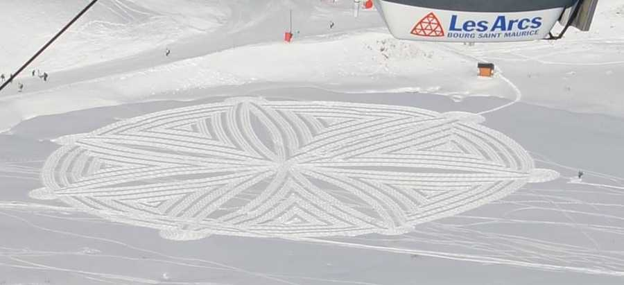 This is snow art, created by Simon Beck.