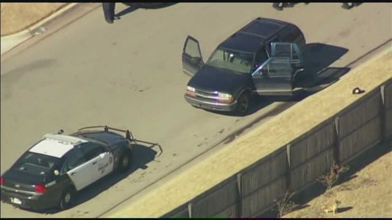 img-3 arrested after robbery Choctaw chase