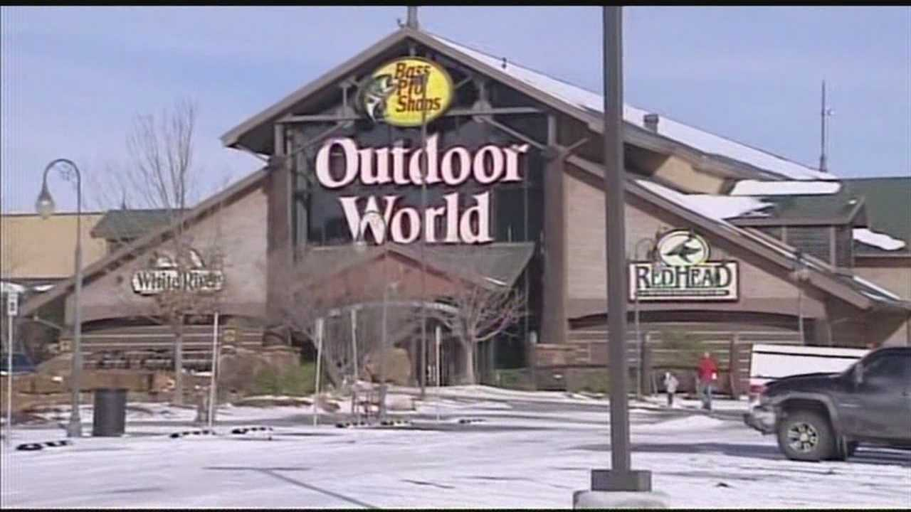New details about accidental shooting at Bass Pro Shop