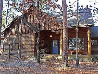 For $205,000 you can get this 1,700 sq foot home in Broken Bow. That's $120 per sq ft. It has 3 bedrooms, 2 baths and was built in 2004.