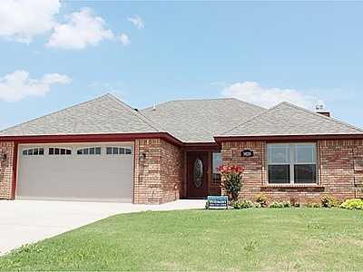 For $199,900 you can get this 1,800 sq foot home in Lawton. That's $111 per sq foot. It has 4 bedrooms, 2 baths and was built in 2012.