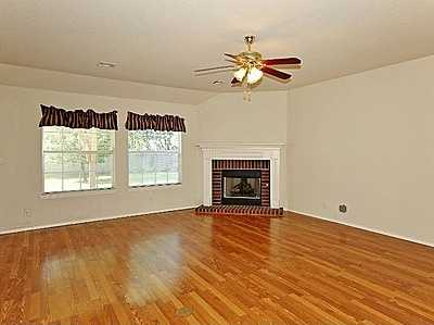 This move-in ready home has a flexible floor plan and large living area open to large kitchen with nook. Kitchen has eat-in bar, pantry and breakfast nook. Wood-like flooring and new carpet on a corner lot. See the listing.