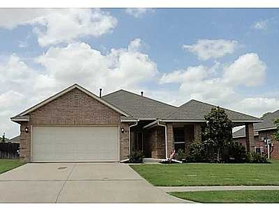 For $200,000 you can get this 1,863 sq foot home in Edmond. That's $107 per sq foot. It has 3 bedrooms, 2 bathrooms and was built in 2006.