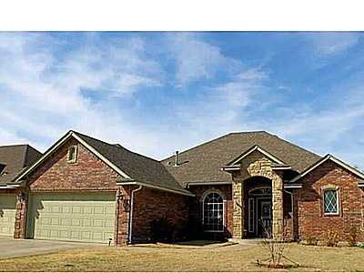 For $199,999 you can get this 1,838 sq foot home in Moore. That's $108 a sq foot. It has 4 bedrooms, 2 bathrooms and was built in 2006.