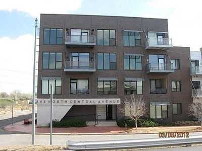 For $236,900 you can get this 1,053 sq foot condo in downtown Oklahoma City. That's $224 a sq foot.