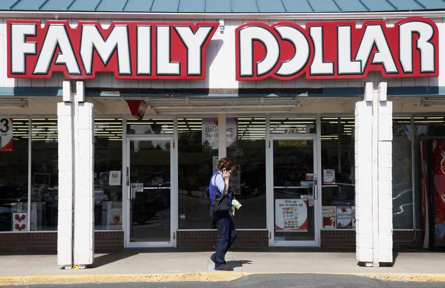 9. Family Dollar Stores --  Rating: 2.4, Number of reviews: 509, CEO approval rating: 39% (Howard R. Levine), Employees: 58,000, Industry: Discount retailLike many retail operations, Family Dollar Stores Inc. (FDO) offers entry-level workers low-paying high-stress employment. Family Dollar has added hundreds of stores in the past several years, reaching a total of 8,100 U.S. retail outlets. According to numerous employee reviews, however, these new stores are the most likely to be poorly run. One such reviewer complained about inconsistent schedules, part-time hours, product shortages and overall chaotic management.
