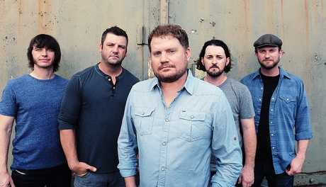 "Randy Rogrs BandWhen the Randy Rogers Band's last project debuted as the most-downloaded country album on iTunes, plenty of the industry ""insiders"" on Music Row were left scratching their heads: Who are these guys? The Nashville elite may not have known about the five-piece band, but much of America already did. The Randy Rogers Band built its audience by combining forces: It's a dynamic live act centered around songs that fit the rowdy, party vibe of the concert circuit, but their songs also say something.Photo courtesy of OKCFest.com"
