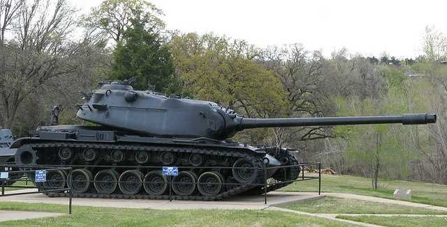 The 45th Infantry Division museum, located in Oklahoma City holds the Jordan B. Reaves American Military Weapons collection and a personal collection of Bill Mauldin's World War II cartoons.