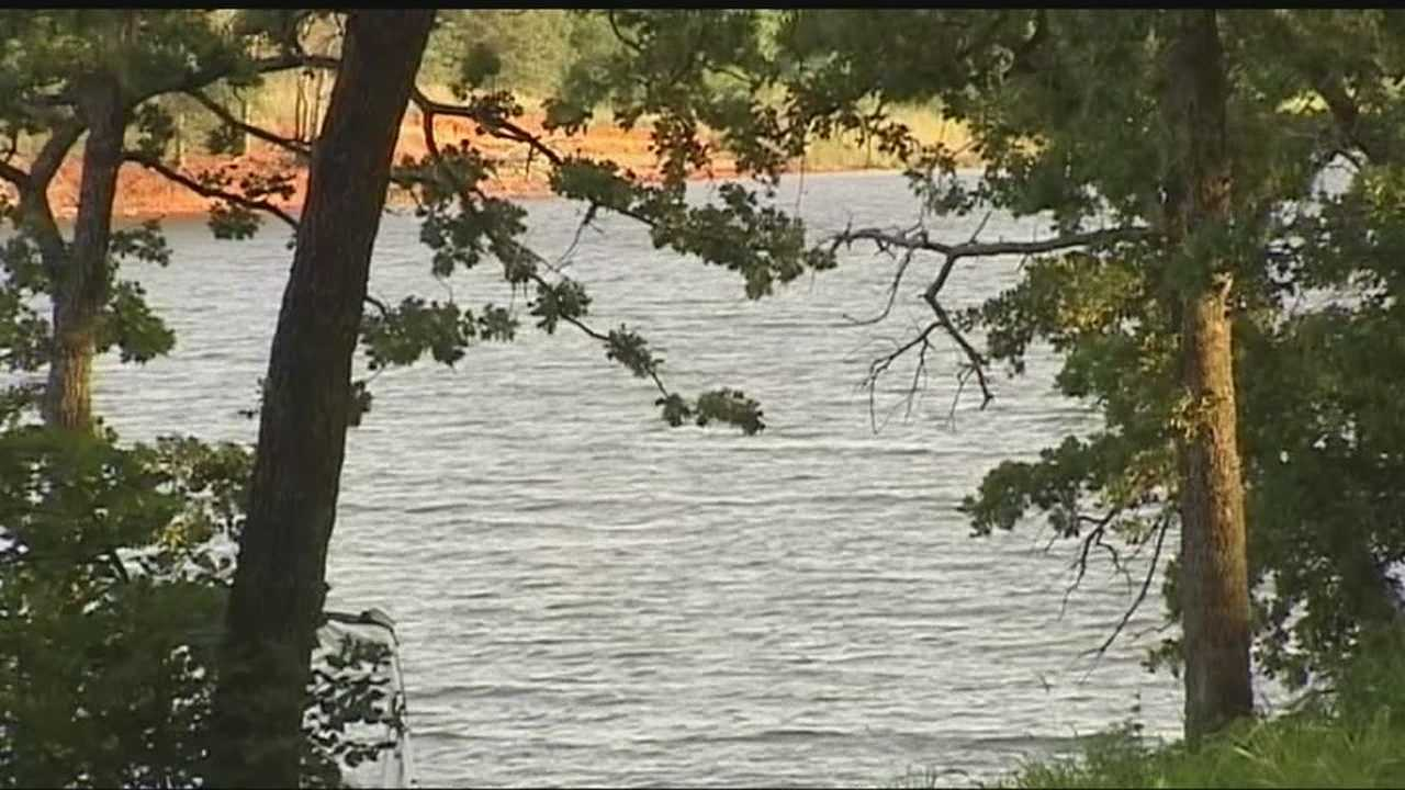 A 25-year-old male who has yet to be identified drown while trying to cross the lake.
