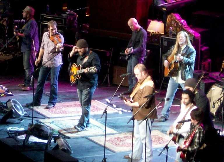 No. 6: Zac Brown Band, $29 millionForbes says: Still riding high on the success of 2012's albumUncaged, whichpicked up a Grammy award for Best Country Album, the Zac Brown Band is raking it in on the road with 84 shows in our scoring period.