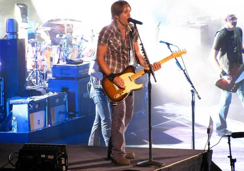 No. 7: Keith Urban, $28 millionForbes says: The New Zealand-born, Australia-bred crooner makes his Country Cash Kings debut thanks to last year's chart-topping album, Fuse, a healthy spate of live shows, and a multimillion-dollar deal to serve as one of the hosts of American Idol.