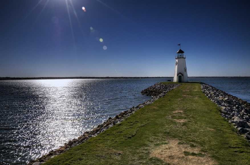 At around 200, Oklahoma has more man-made lakes than any other state.Pictured: Lake Hefner in Oklahoma City