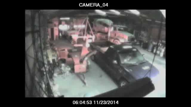 Oklahoma City police are looking for a man who stole $22,000 in tools from a northeast Oklahoma City business.