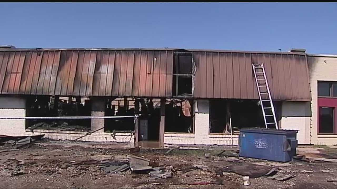 Authorities extinguished a fire near Cattlemen's Steakhouse in historic Stockyards City on Thursday morning.
