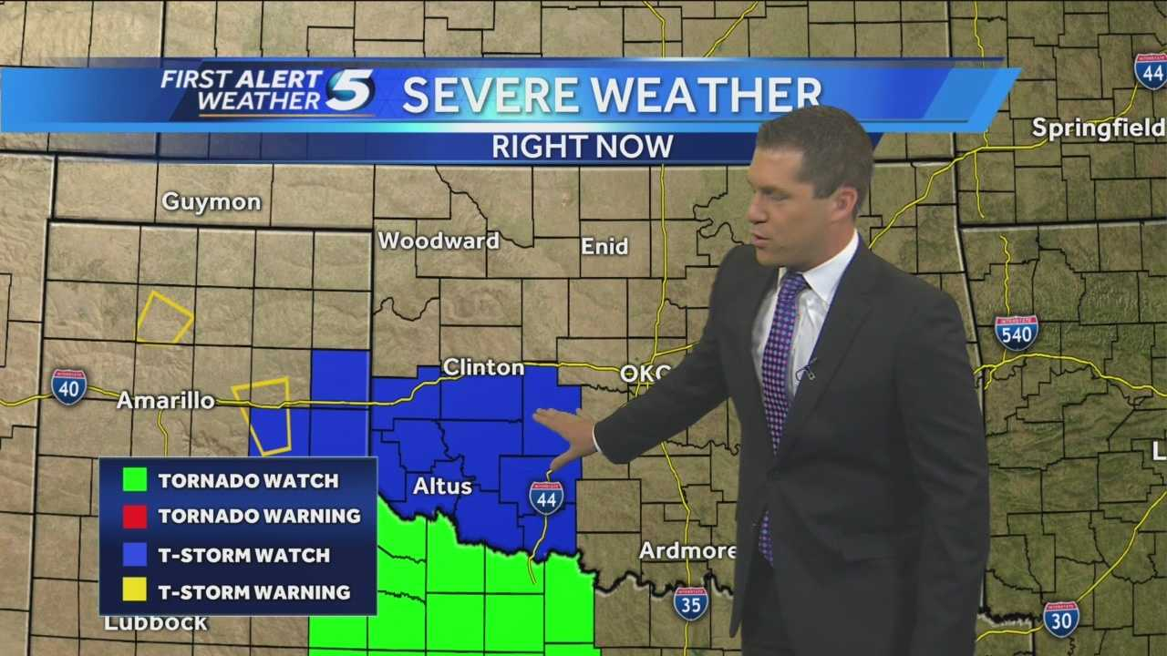 Chief Meteorologist Damon Lane shows the heavy rain threat you can expect tonight