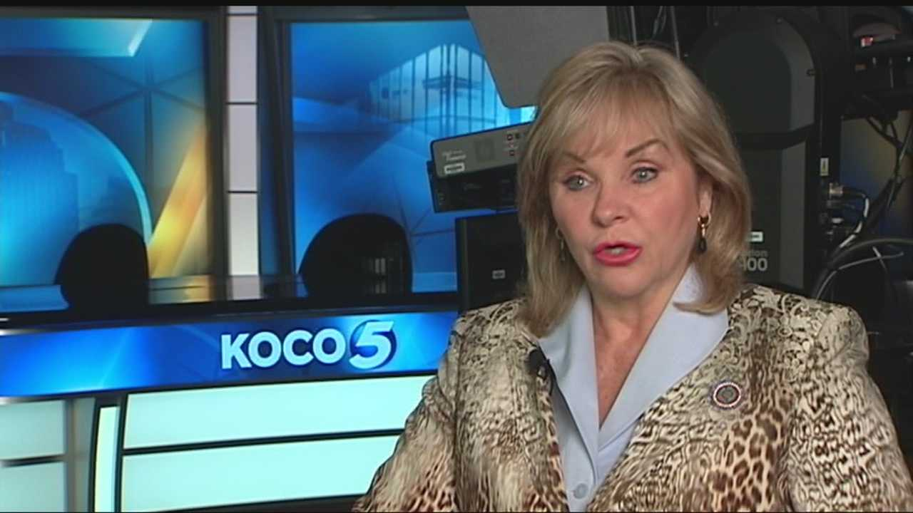 Gov. Mary Fallin sat down with KOCO's Erielle Reshef to talk about Republican candidate Donald Trump's rising poll numbers and what Democratic candidate Hillary Clinton's e-mail controversy and what she has said about Republicans and abortion. When asked about supporting Trump, Fallin said she is not going to endorse any candidates right now because she has friends who are running for president. She also said she likes the size of the presidential field because it offers a diversity of views.