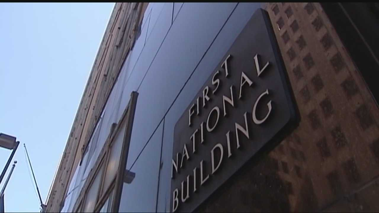The amount of unpaid bills owed by the owners of First National Bank is in the thousands and quickly climbing. Tenants were forced to work and conduct business without air conditioning on Tuesday. Veolia shut down the heating and cooling services, saying they had a list of overdue invoices going back to December.