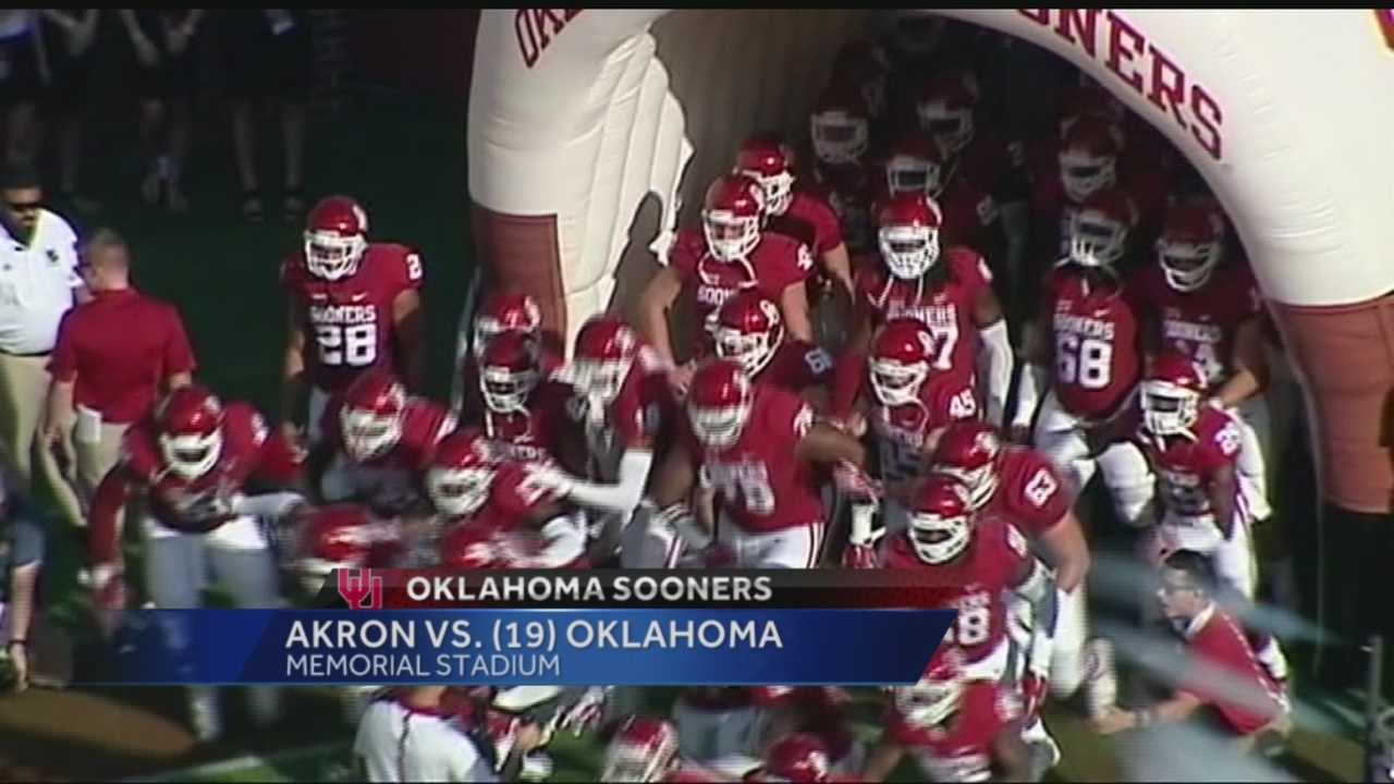 Transfer quarterback Baker Mayfield and freshman running back Joe Mixon had big nights during the No. 19 Sooners' 41-3 victory over the Akron Zips.