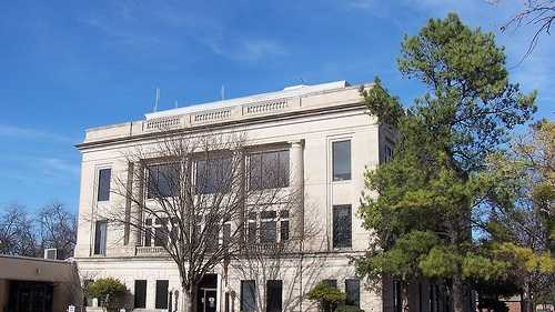 Garvin County Courthouse