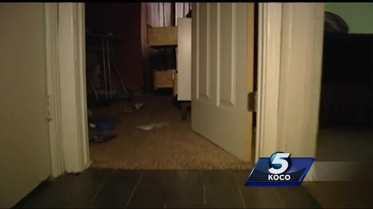 A 911 call has been released as two young girls hid in a closet and called police Friday morning during a burglary in southeast Oklahoma City..