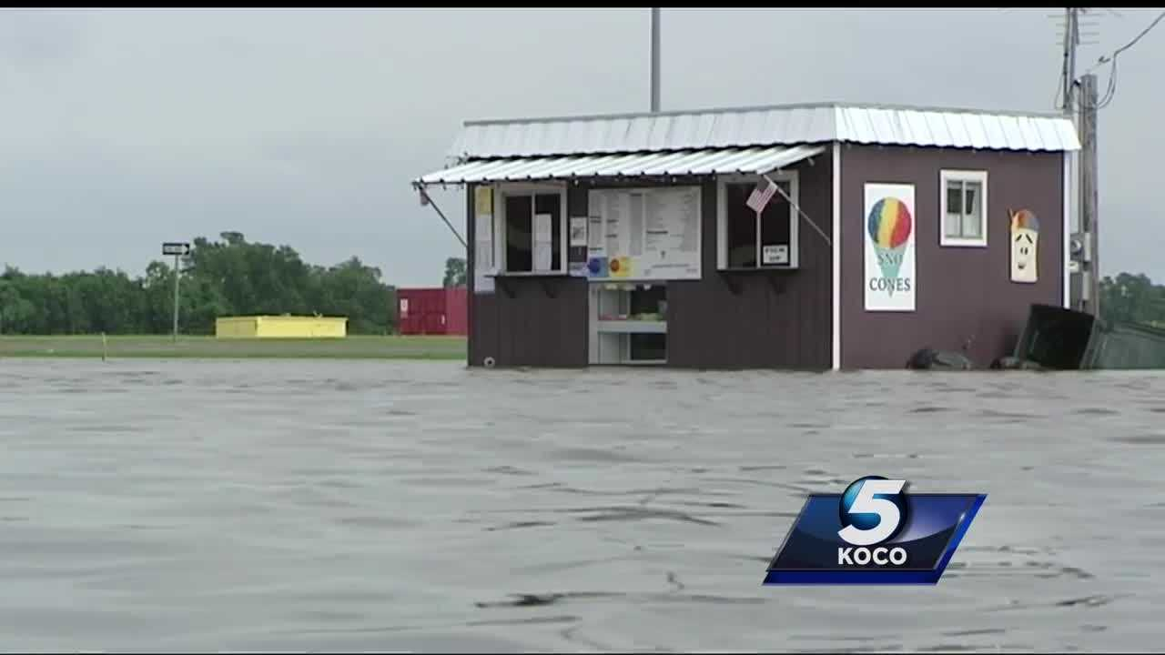 Pauls Valley Police officials say at least 10 businesses were flooded Sunday.