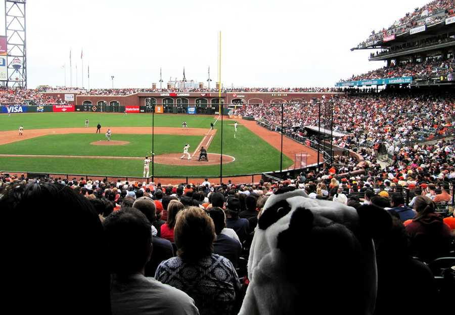 The sheriff's investigation report said the San Francisco Giants third baseman should not be charged with any crime, and the woman wrongly accused 25-year-old Sandoval of sexual assault.