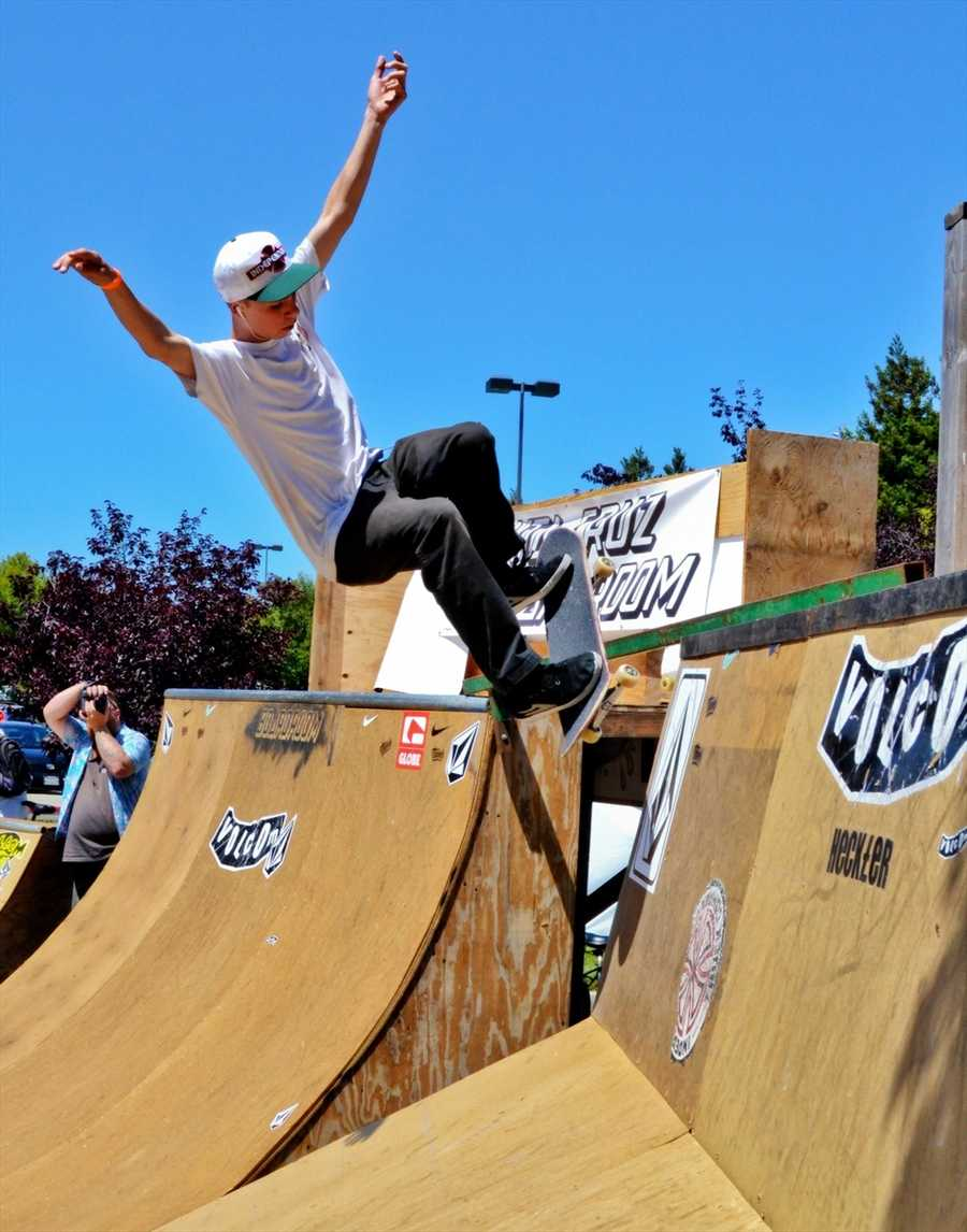 The 4th-annual contest raised money for building a skate park in Capitola. (July 21, 2012 / Photo by Chris Elmenhurst)