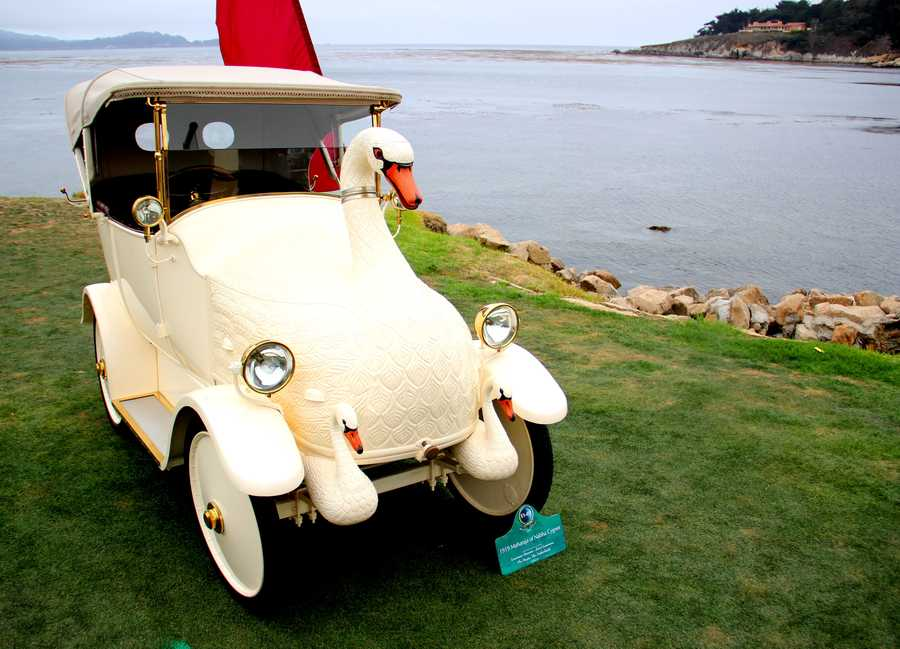 The swan car was a favorite among spectators.