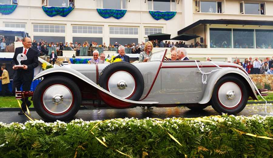"The Pebble Beach Concours d'Elegance 2012's ""Best Of Show"" was a 1928 Mercedes-Benz 680S Saoutchik Torpedo."