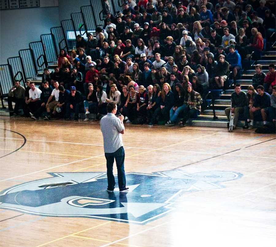 By giving inspirational talks at high schools, Danny Keith encourages teenagers to volunteer for nonprofit groups and help their community.