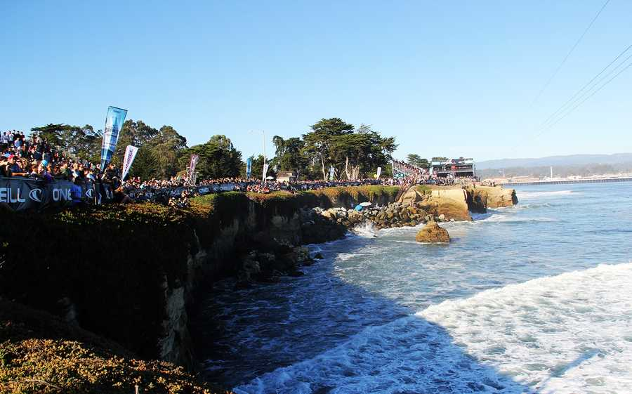 Under glittering sunny skies, more than 1,000 spectators showed up at Steamer Lane on Sunday.