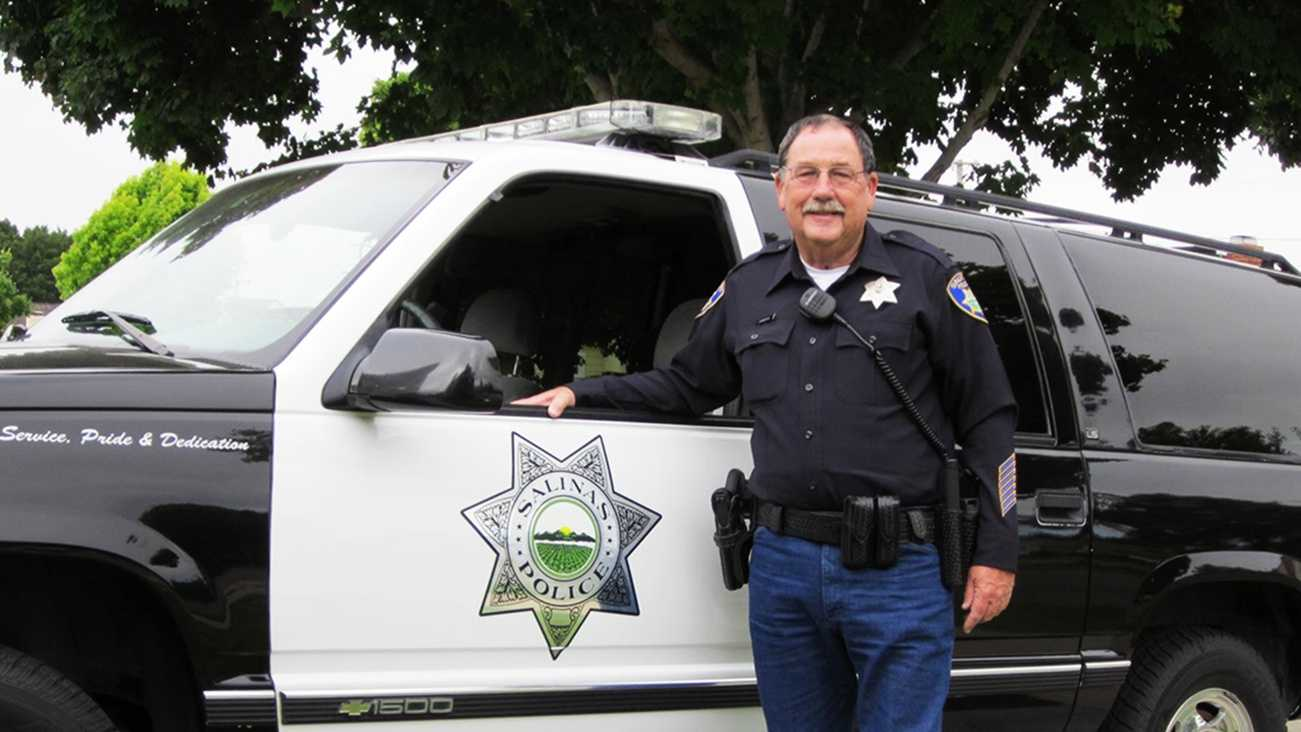 Longtime police officer Joe Gunter was elected as Salinas' new mayor.